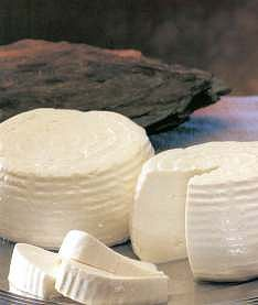 Fresh cheese is the main ingredient for stuffing the celery