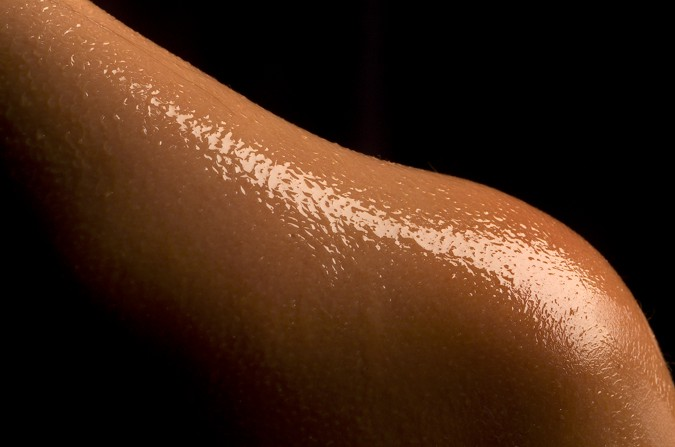 Olive oil is a good moisturizer for the skin