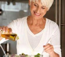 Los polifenoles que aporta el aceite de oliva regeneran nuestro cuerpo