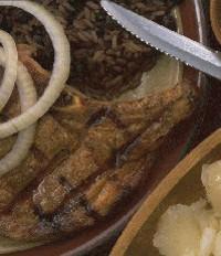 Bistec con coles de bruselas