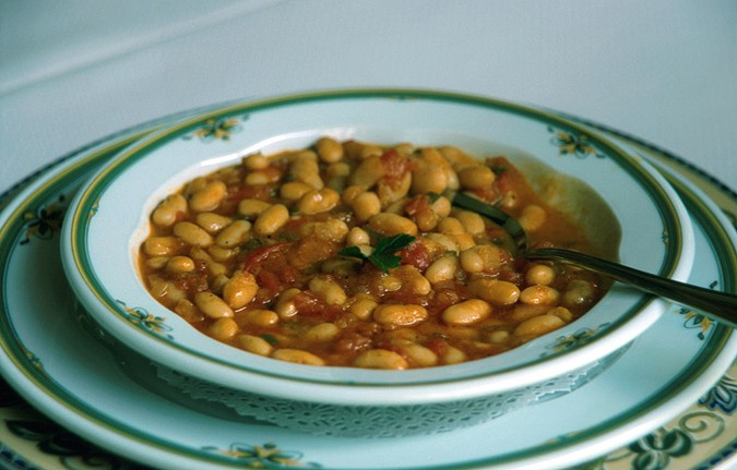 El aceite de oliva se usa en todos los platos de la dieta mediterranea