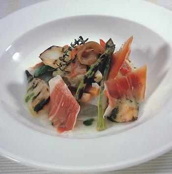 Plato de jam�n serrano con verduras