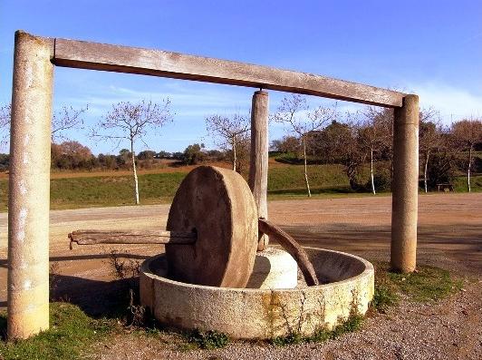 Muela romana destinada a la fabricación del aceite de oliva virgen