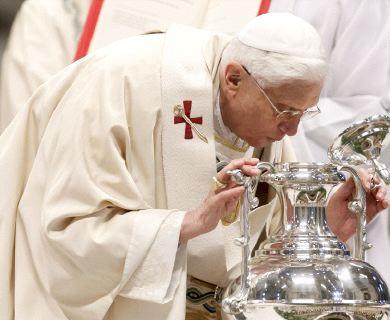 Santos �leos bendecidos por el Papa Benedicto XVI