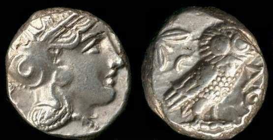 Moneda romana con representación de Atenea y el olivo