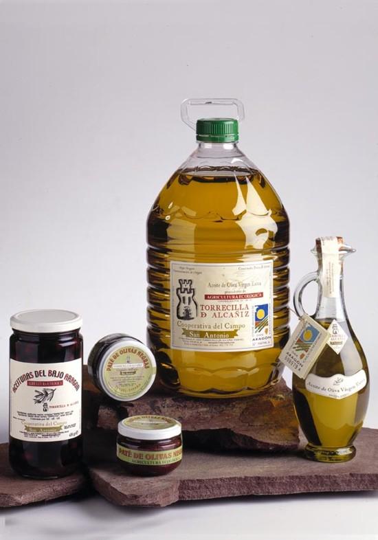 Paté, aceitunas y aceite de oliva ecológico