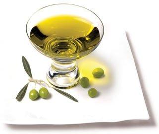 El aceite de oliva es capaz de aliviar las quemaduras de la piel.