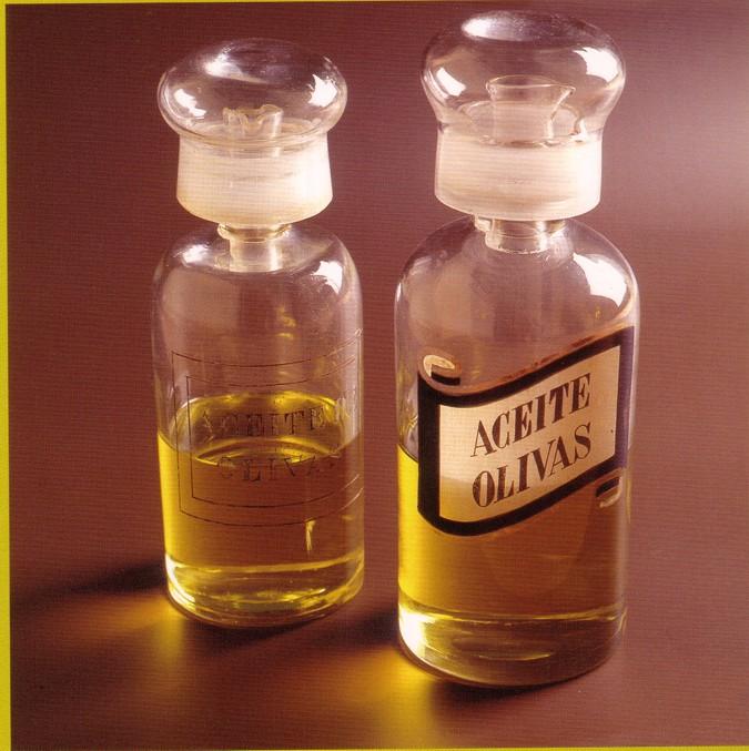 Aceite de oliva virgen extra elaborado de forma artesanal.